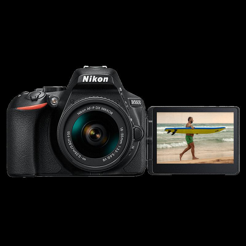 Nikon D5600 + Nikkor 18-55 VR