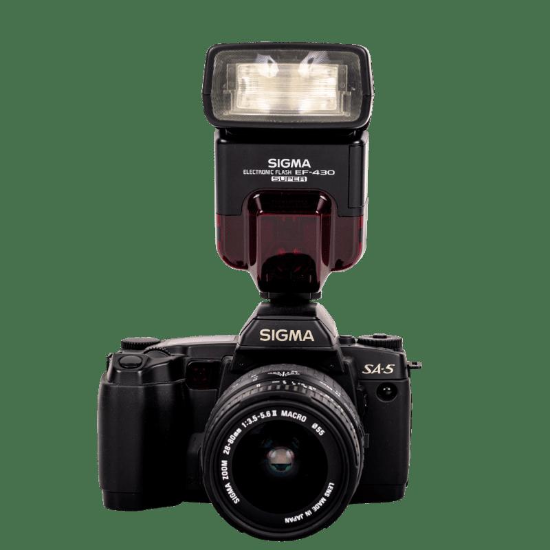 Sigma SA-5 + blesk Zdarma